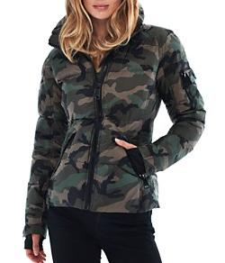 "<img src=""camo-jackets"" alt=""winter jacket trends – camo jackets"">"