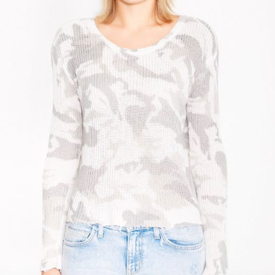 CAMO DISTRESSED SWEATER KNIT