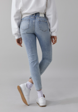 CLOSED LIGHT WASH DENIM
