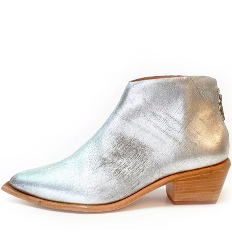 WEST BOOT IN SILVER WAL AND PAI